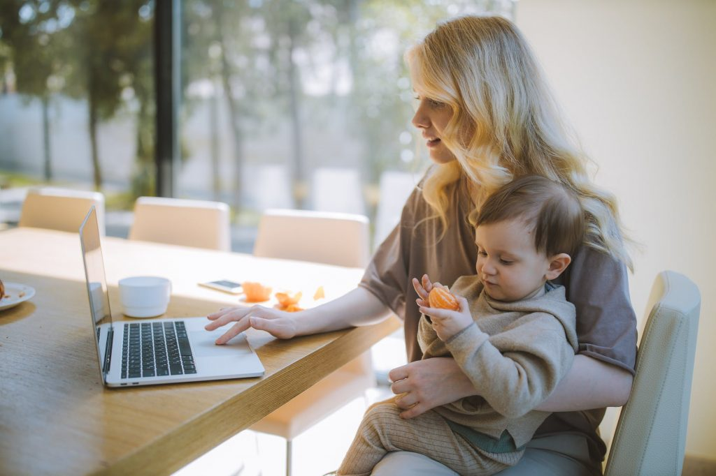 Why Stay-At-Home Parents Are Looking For Franchise Opportunities